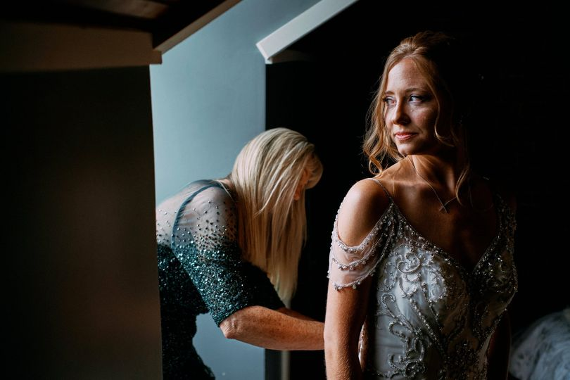 laurie rob s wedding getting ready 0025 51 1031743 157801135770461