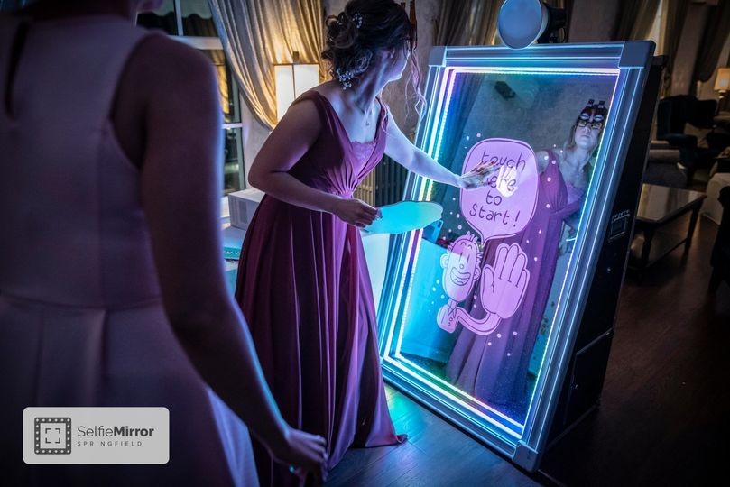 selfie mirror touch start 51 1052743 158887240080042