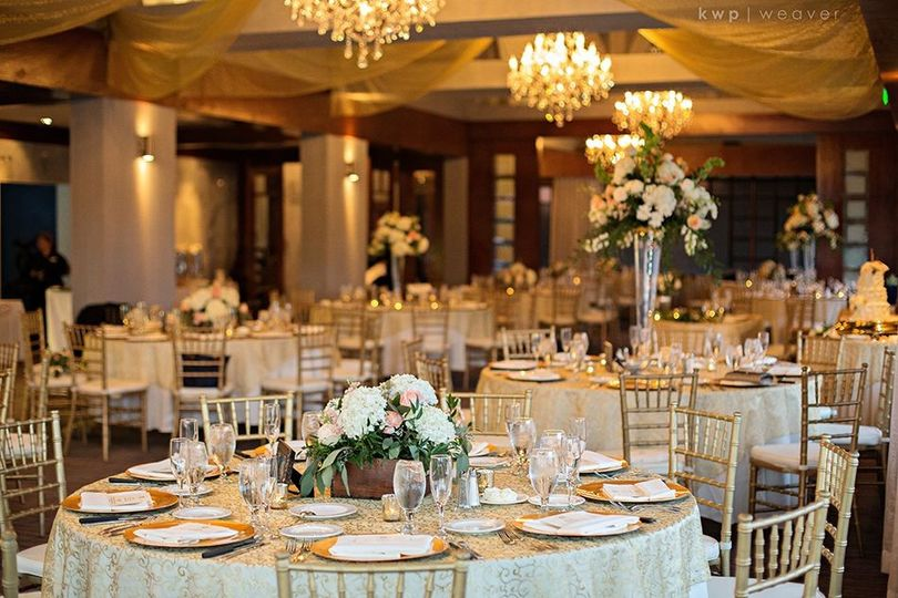 gold and white reception 51 54743 1561748551