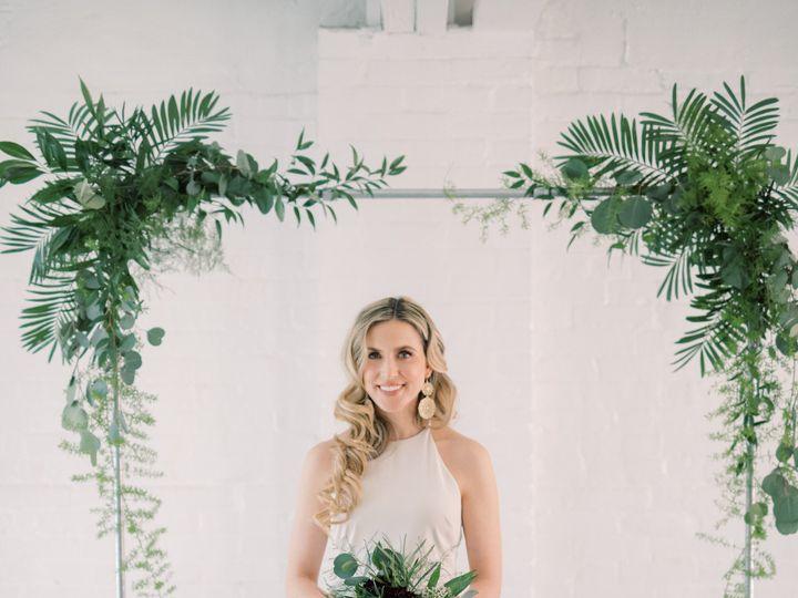 Tmx Dsc 3610 51 1954743 159215621258506 Biglerville, PA wedding florist