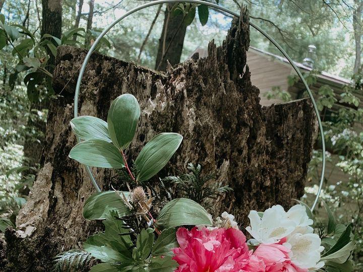 Tmx Img 5751 51 1954743 159215625490599 Biglerville, PA wedding florist