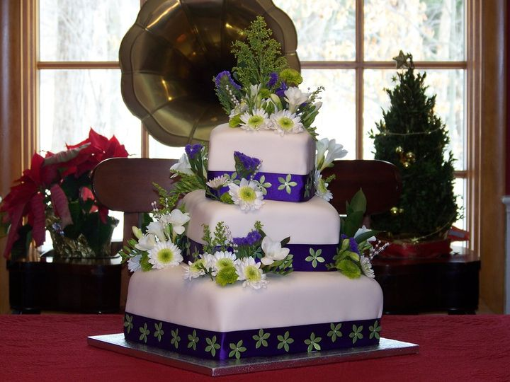 Tmx 1354214866041 3TiersSquare3 Brooklyn, NY wedding cake