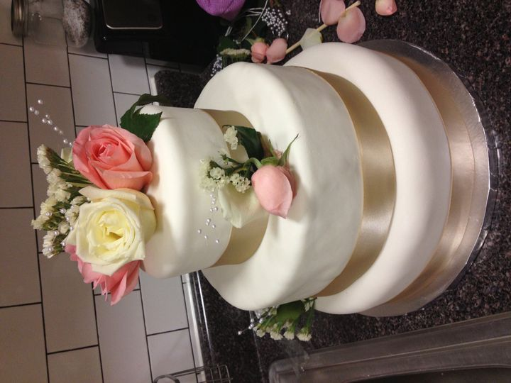 Tmx 1381003238050 Peggscake713001 Brooklyn, NY wedding cake