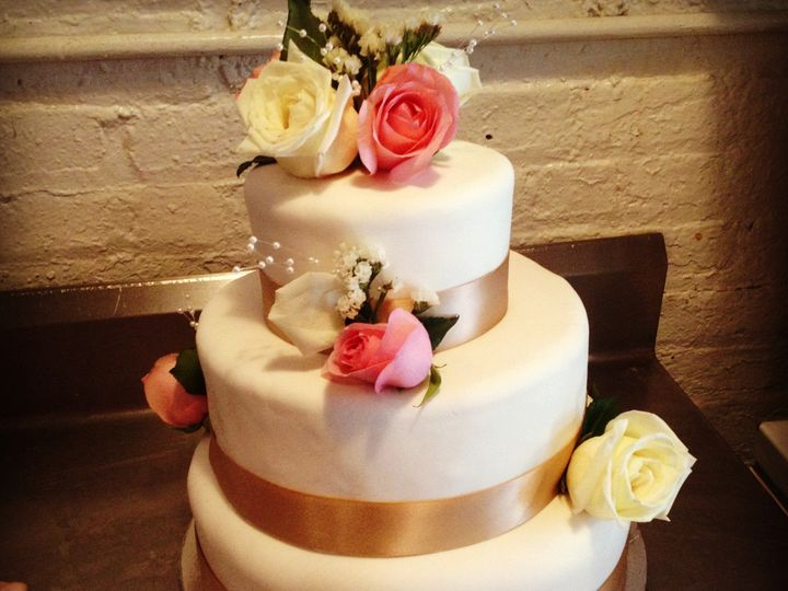 Tmx 1381003286893 Peggscake713003 Brooklyn, NY wedding cake