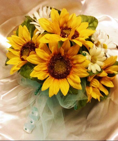 brittany bouquet bride