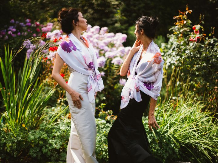 Tmx 1432274427462 Photoshoot   Garden July2014   Fabiola Stole Wrap  Seattle wedding dress