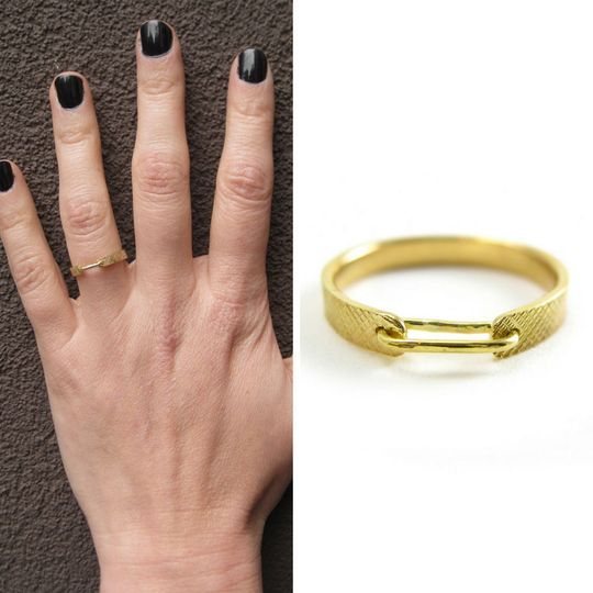 Linked in Love Wedding Ring in Recycled 18 karat gold _ Sharon Z Jewelry