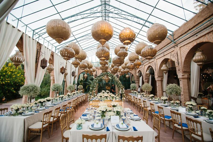 lauren and jacques marrakech wedding boutique souk 07 51 1023843 v2