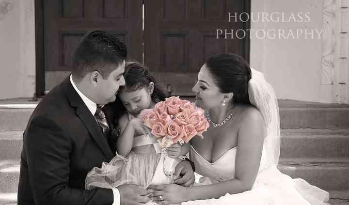 Hourglass Photography