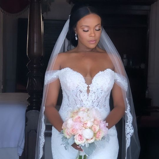 BrushedbyNicole - Luxury Bride