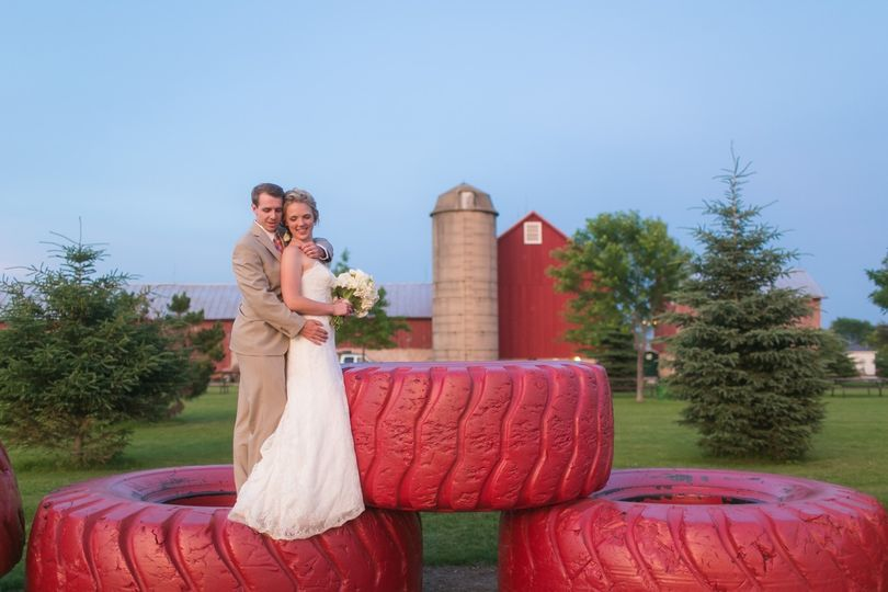 Mulberry Lane Farm - Venue - Sherwood, WI - WeddingWire