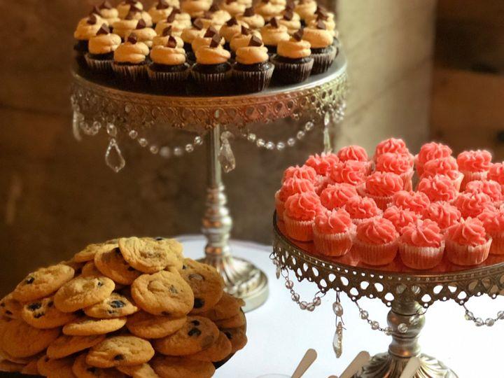 Tmx Barn Wedding 3 51 1036843 157801653822922 Clawson, MI wedding cake