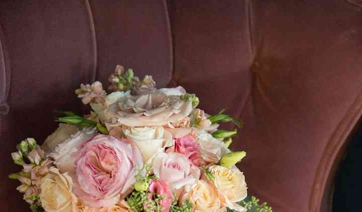 Two or three color options. The Glam Collection Ky Flower Corsage-