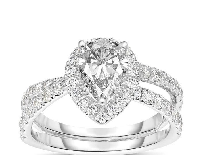 Tmx 1516831068 97a99627a1150f9c 1516831066 A5c3bb92cab47bcd 1516831064563 23 NSR2546PEAR New York, New York wedding jewelry