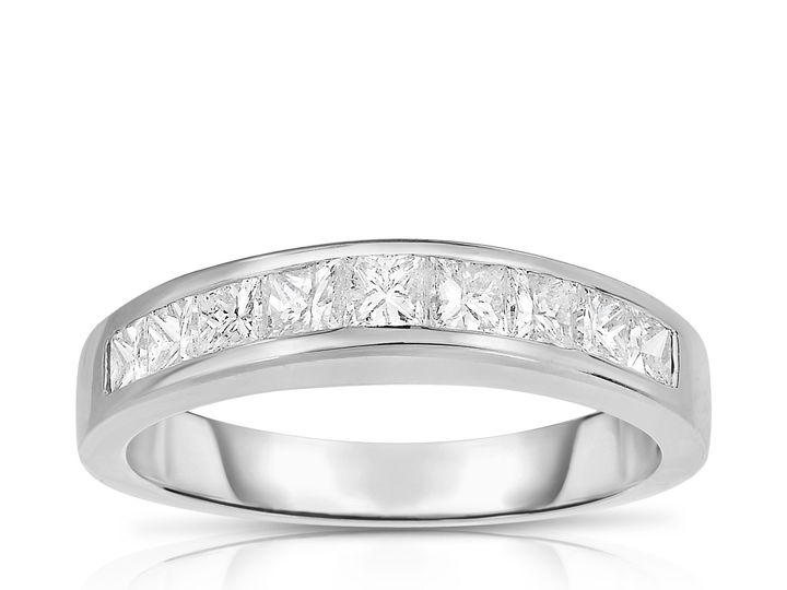 Tmx 1516832654 0b4e7978298e09ef 1516832653 1c3b4dbf6f3511b7 1516832635514 19 NSR1933 New York, New York wedding jewelry