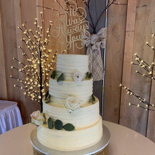3 Tier Ridged Edge Cake