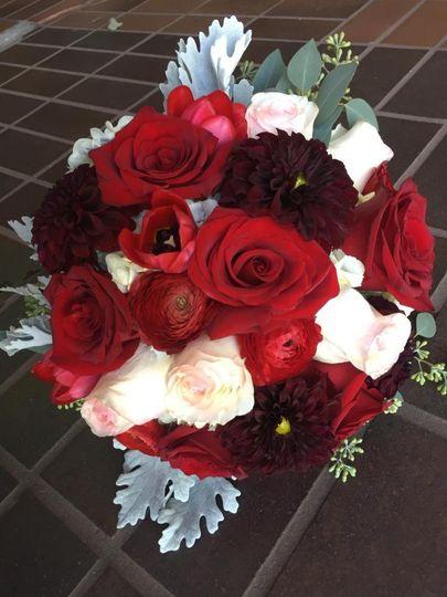 lilygrass flowers decor flowers oklahoma city ok weddingwire. Black Bedroom Furniture Sets. Home Design Ideas