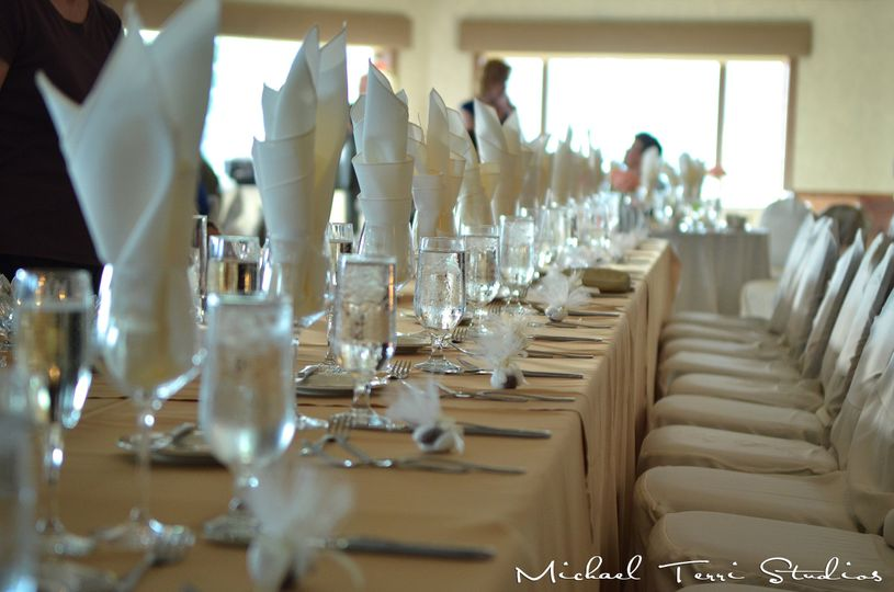 Table setitng