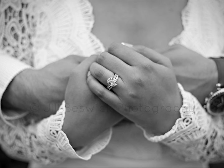 Tmx 121229255 3821604047858473 1144410400047343418 O 51 1987943 160320587686103 Morrison, IL wedding photography