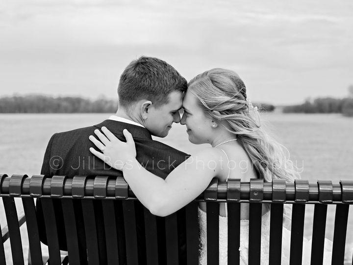 Tmx 96084464 3361052510580298 3403987024913367040 O 51 1987943 160071662592358 Morrison, IL wedding photography