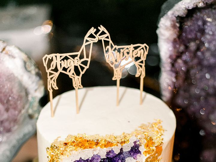 Tmx Kristenandhugo Emirosestudio 1 51 740053 Rochester, NY wedding cake