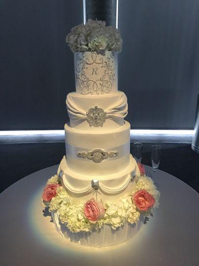 Baby Makes Cake - Wedding Cake - Los Angeles, CA - WeddingWire