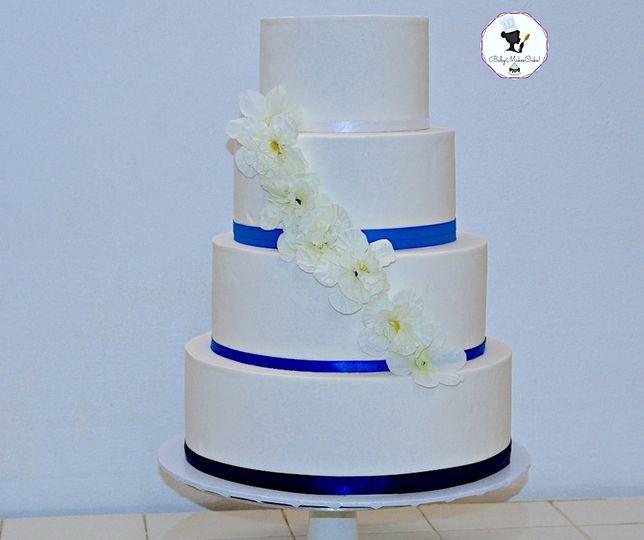 Blue metallic cake