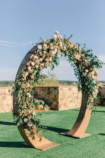 Large Wood Circle Arch