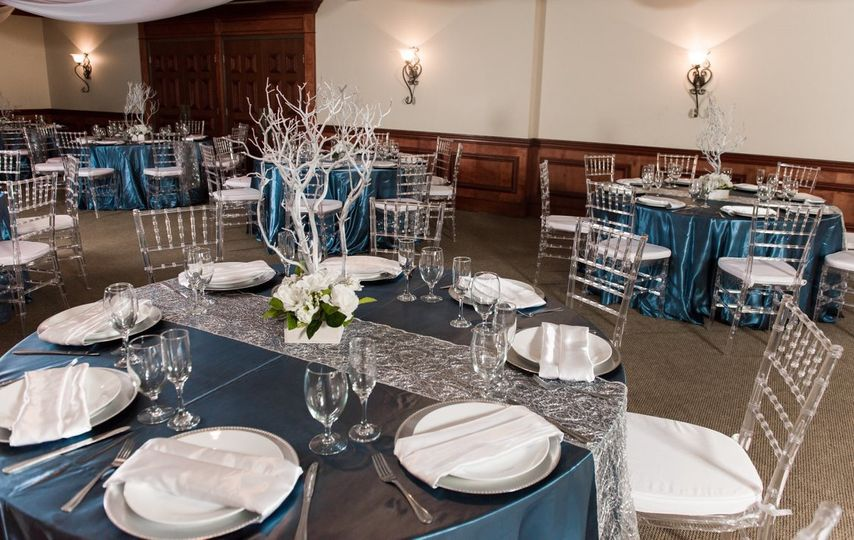 Seating arrangements for 50 guests