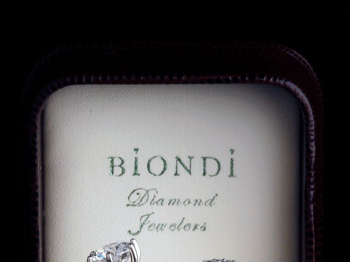 Tmx Fb2d8478 A3b6 462f 869d Ea4bac2cc645 51 652053 Aurora, CO wedding jewelry