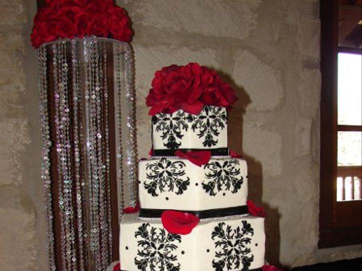 Tmx 1326848503619 DSC07445 Helotes wedding cake