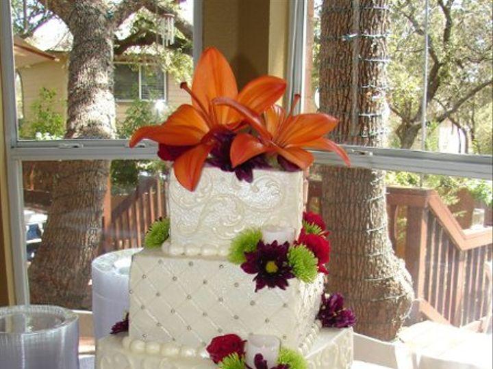 Tmx 1326848561974 Picture209 Helotes wedding cake