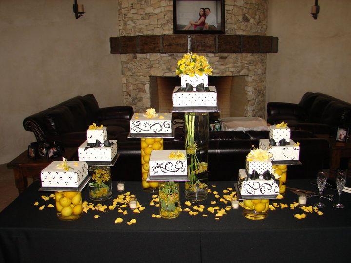 Tmx 1355704449070 DSC06768 Helotes wedding cake