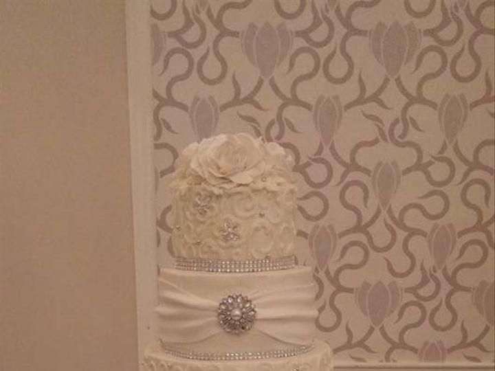 Tmx 1481047077749 1505631813998757267198691135647570524575627n Helotes wedding cake