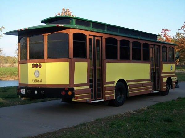 Tmx Trolley 600 2 1 51 103053 1568911833 Blue Springs, MO wedding transportation