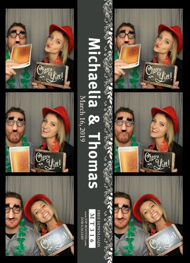 Enclosed Booth Photo Strips