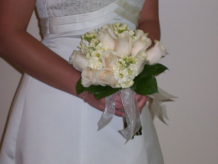 Tmx 1510954877820 Doz Roses With Stock Columbus wedding florist