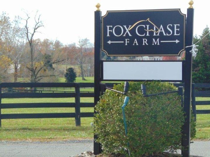 Fox farm vashon wedding