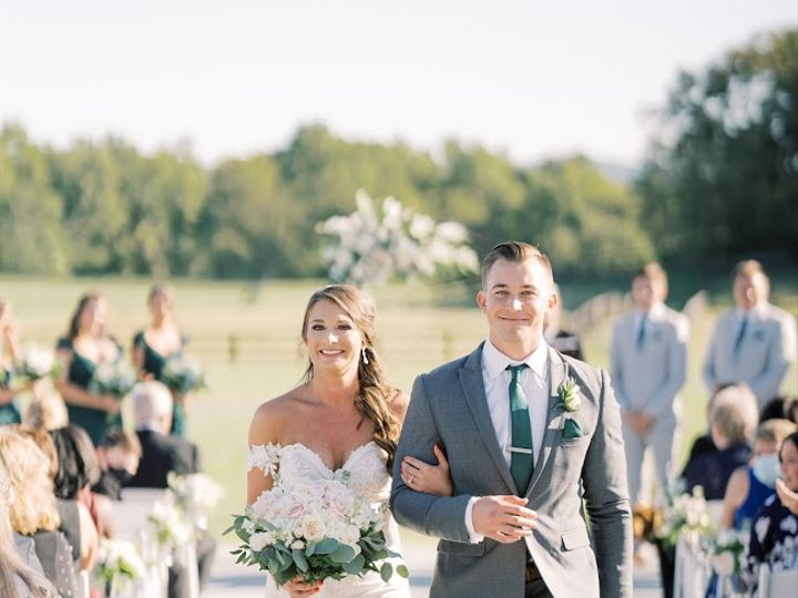 Tmx Klaire Dixius Photography Middleburg Barn Virginia Wedding Kyle Alana Ceremony 65 51 65053 160842368297004 Middleburg, VA wedding venue