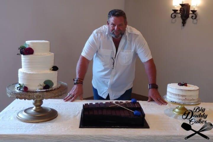 Simple elegance cakes