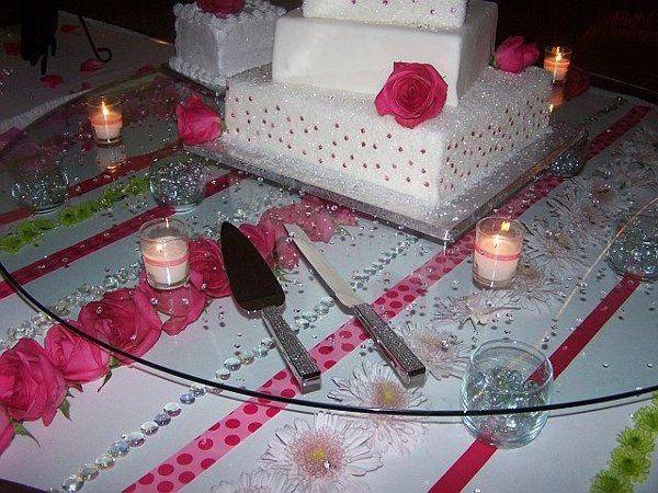 Tmx 1235161267062 Caketable3 Earlville wedding florist