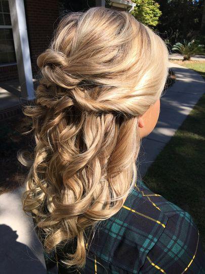 Bride's hairdo