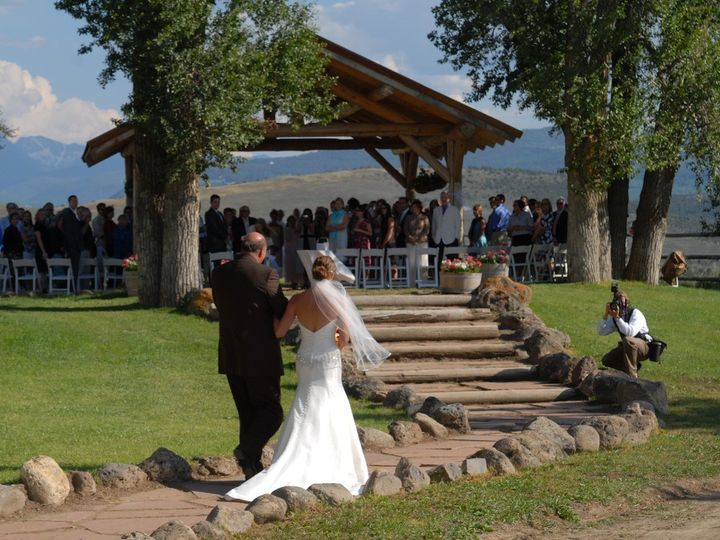 Tmx Father And Bride On Wedding Path Sm 51 444153 1572546943 Wolcott, CO wedding venue