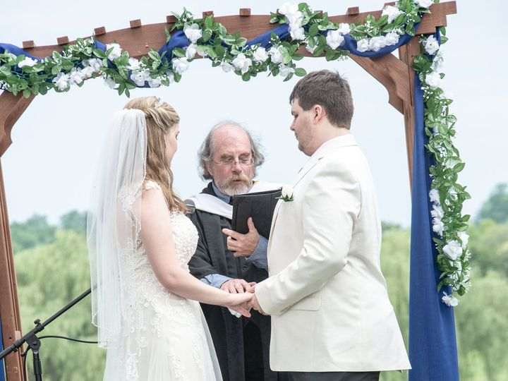 Tmx Dsc 7241 51 954153 Chambersburg, Pennsylvania wedding officiant