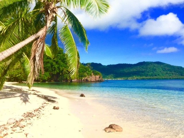 White powder sandy beaches and crystal clear oceans at Qamea Island fiji,  our top recommendation...