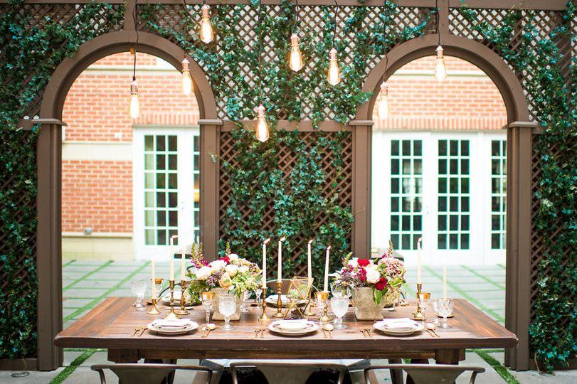 freedom terrace al fresco dining