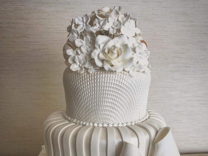 Tmx Fb Img 1620749614435 51 2031253 162074999247816 Haddonfield, NJ wedding cake
