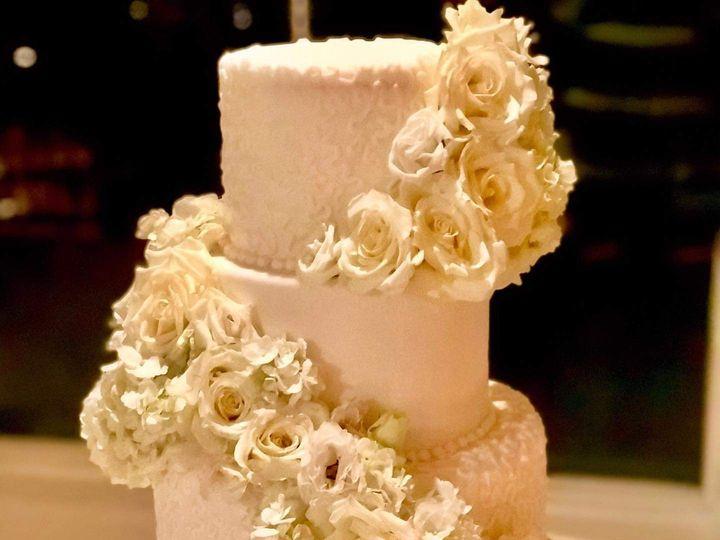 Tmx Fb Img 1620749808354 51 2031253 162074988480045 Haddonfield, NJ wedding cake