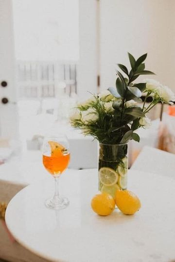 Wine glass/Vase/Florals
