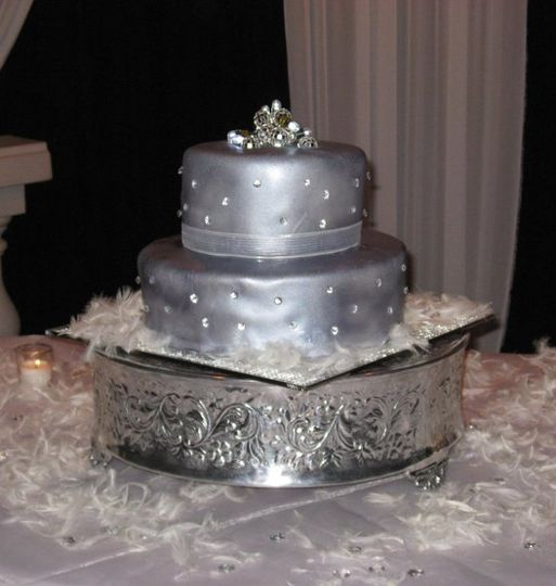 Cake Design Hialeah : A Cake Couture - Wedding Cake - Hialeah, FL - WeddingWire